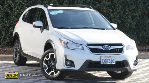 2017 Subaru Crosstrek 2.0i Limited With Navigation & AWD