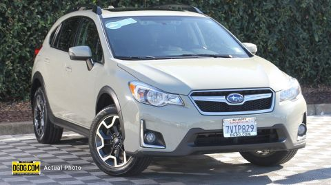 2016 Subaru Crosstrek 2.0i Limited With Navigation & AWD