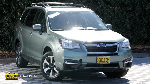 Certified Pre-Owned 2017 Subaru Forester 2.5i Premium